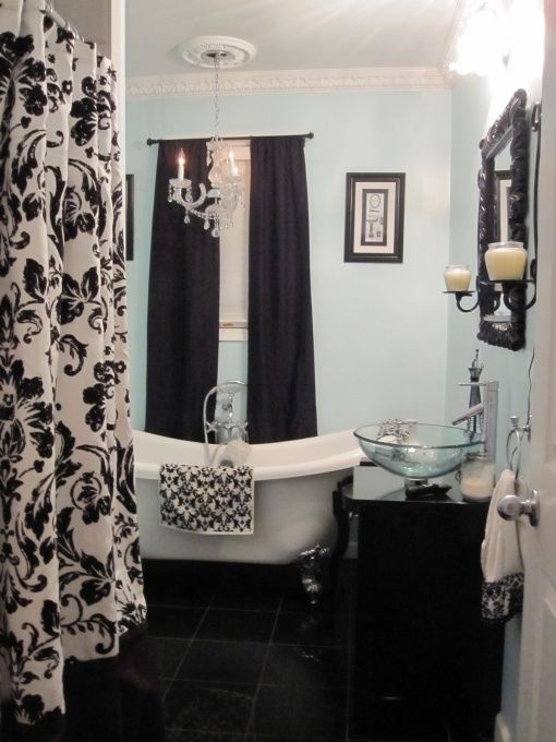 Shabby chic bathroom but with pink powder room for Pink black and white bathroom ideas