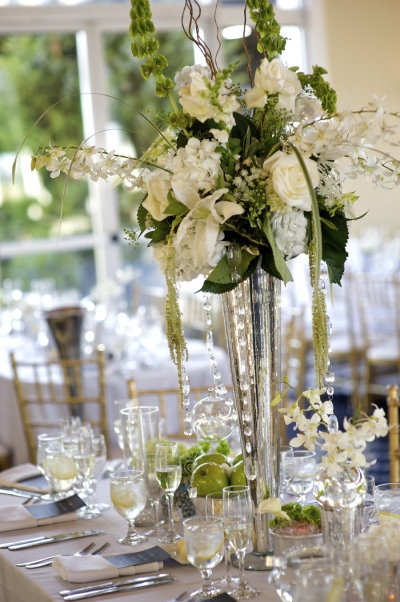 Beautiful trumpet vase centerpiece | Wedding 2014 | Pinterest