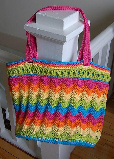 Yarn Bag Pattern : ... Chasing Chevrons Yarn & Beach Bag / Tote pattern by Jennifer Pionk