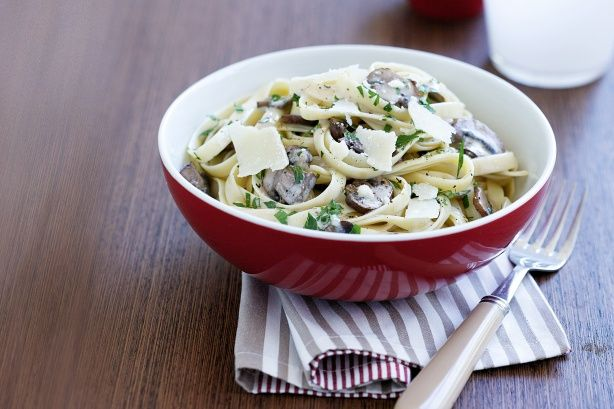 Creamy mushroom fettuccine | Food | Pinterest