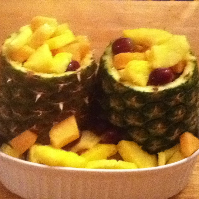 Hollowed pineapples as fruit bowls | recipes | Pinterest
