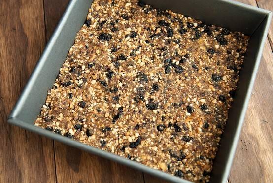 Blueberry muffin homemade larabar recipe....oh so good!!!!
