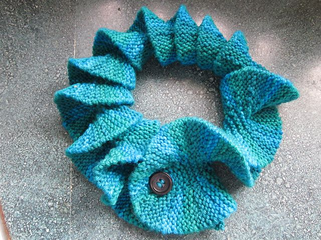 Free Crochet Pattern For Potato Chip Scarf : Ravelry: Potato Chip Scarf pattern by Barbara Aguiar
