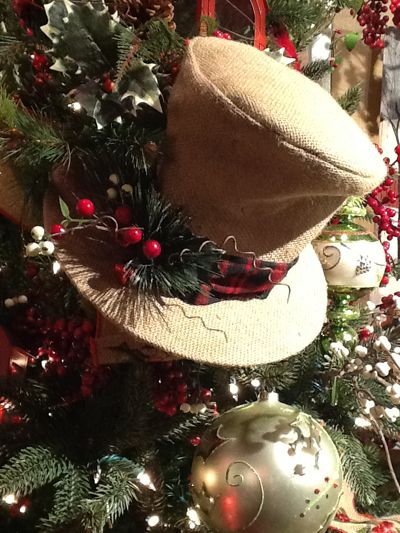 Burlap christmas decorations raz top hat