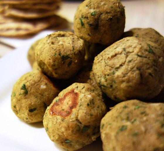 This baked fava bean falafel looks yum! | Edible Alternatives | Pinte ...