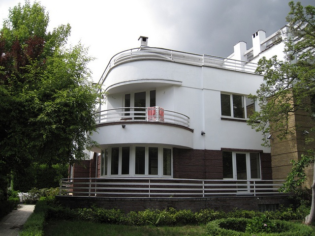 Charles Rennie Mackintosh in addition 231372499577003541 together with Torre Sofia moreover Hotel Banke Paris France in addition 412431278348405950. on art deco pools