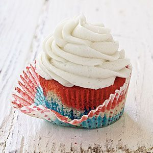 Fluffy White Frosting. | cakes and cupcakes | Pinterest