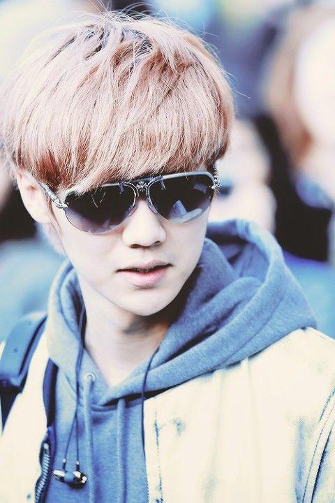 Luhan EXO M DeerHan #Airport | Luhan | Pinterest