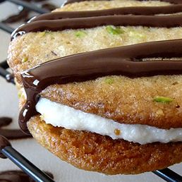 Cannoli Sandwich Cookies   Recipes I'd like to try   Pinterest
