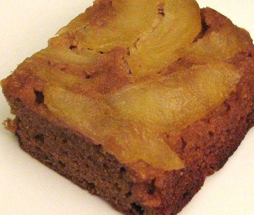 Apple Upside Down Gingerbread Cake (GAPS, Paleo)