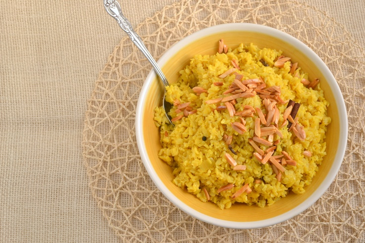 Saffron Rice with Golden Raisins and Toasted Almonds ROZ MLOW'WAN ...