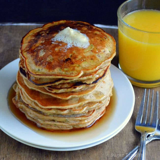 Zucchini Bread Pancakes l Fluffy buttermilk pancakes loaded with fresh ...