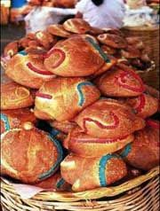 Day of the Dead Bread: Pan de Muertos - Labor intensive, but worth it ...