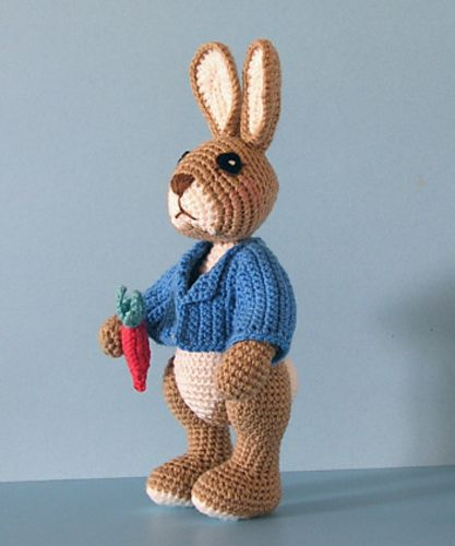 "Free pattern for ""Robbie Rabbit"" by Sue Pendleton!"
