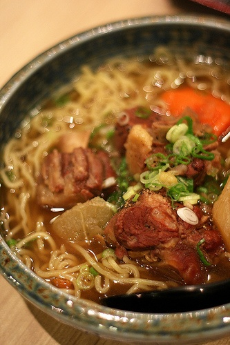 Oxtail ramen | Please, get in my stomach. Now. | Pinterest