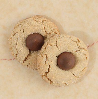 Peanut Butter Kiss Cookie Lauren's Peanut Butter Kiss Cookies Recipe ...