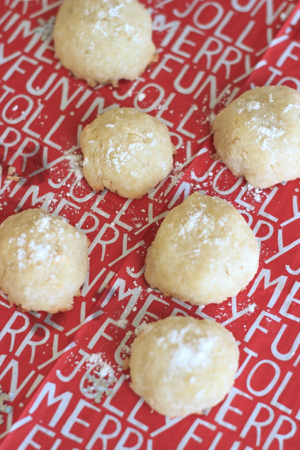 ... hit coconut snowballs almond coconut snowballs the pink rose bakery
