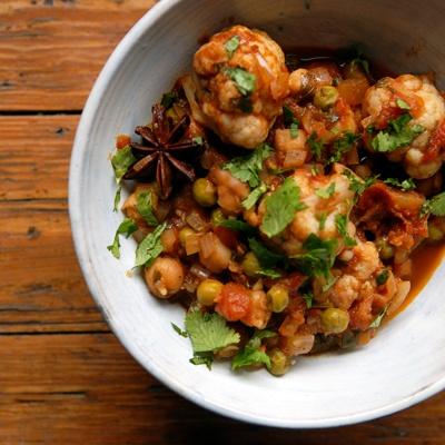 Cauliflower Chickpea Curry | Savory Goodness | Pinterest