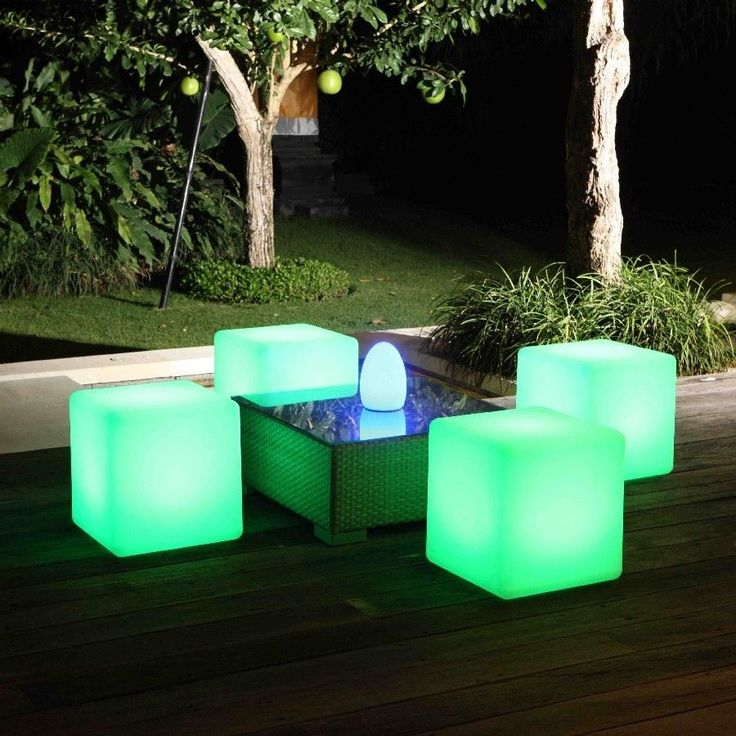 Outdoor Cordless LED Light Cube