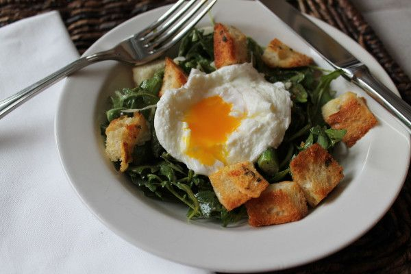 Arugula Salad with a Poached Egg is an elegant #brunch or #lunch # ...