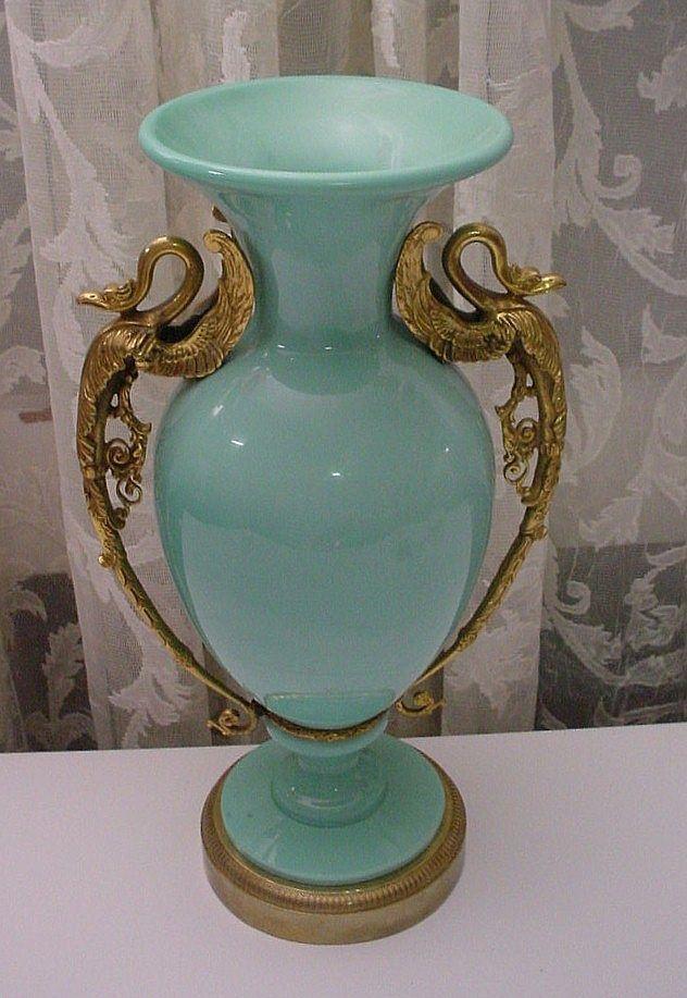 Старинные вазы