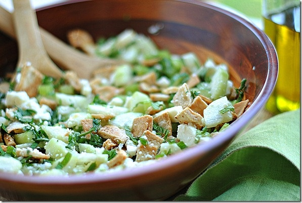 Pita Bread Salad with Cucumber, Mint and Feta 4pts+ Weight Watchers ...