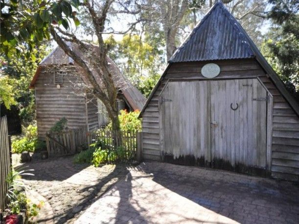 Fig Tree Cottage For Sale (White Picket Fence Included)