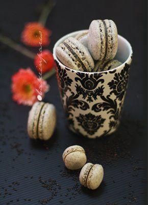 BLACK SESAME MACARONS | Les Macarons | Pinterest