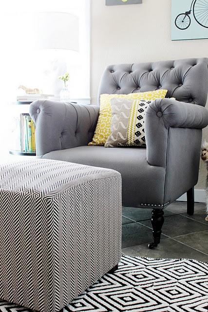 perfect chair, flawless ottoman. le sigh.