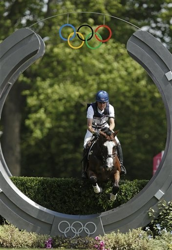 Boyd Martin & Otis Barbotiere through the finish at the 2012 Olympic Games