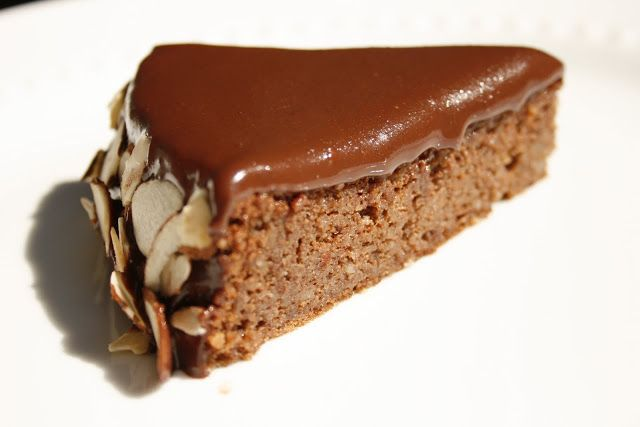 Chocolate Almond cake | Summer Recipes | Pinterest
