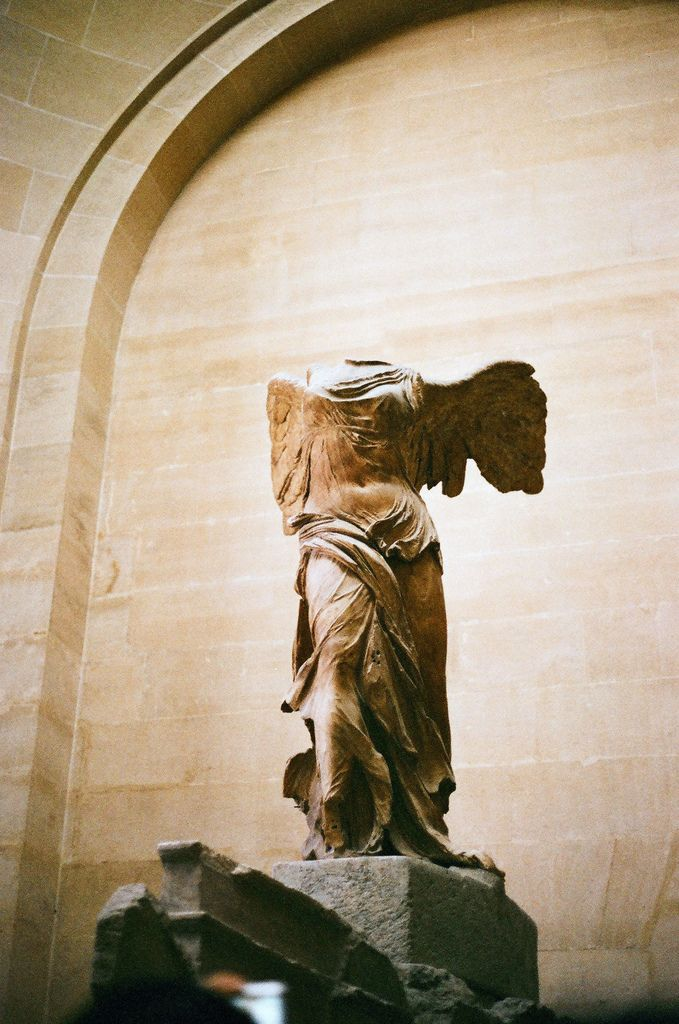 Winged Victory Of Samothrace Louvre Winged Victory ...