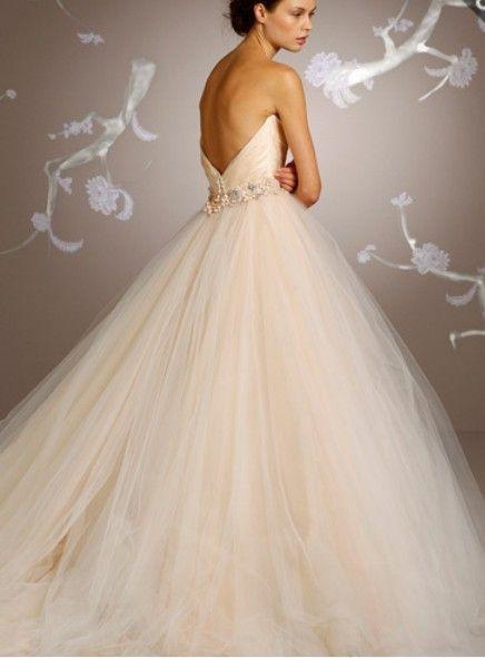 robe de mari e princesse champagne mariages pinterest. Black Bedroom Furniture Sets. Home Design Ideas