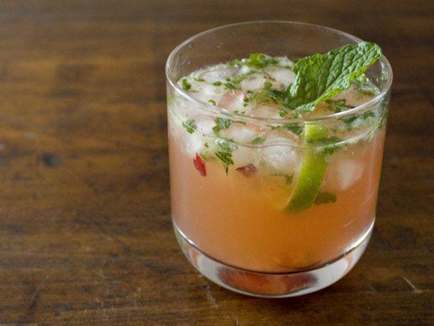 Cranberry Mojito #mixology #cocktails #booze #alcohol #drinks #recipes