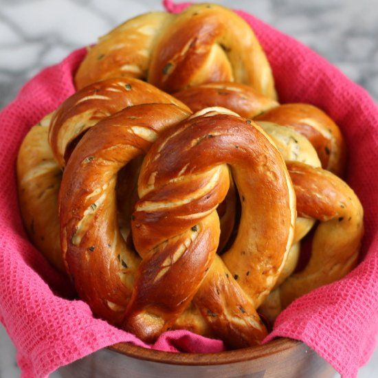 Rosemary Sea Salt Pretzels | I love foooood!!! | Pinterest