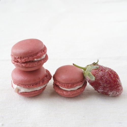 Pink Macarons with Frozen Strawberries Balsamic Mascarpone Cheese