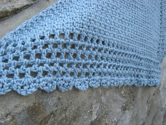 Crochet Triangle Shawl Patterns For Beginners : Pin by Carolyn Smith on Crochet Pinterest
