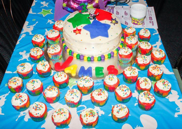 Chuck E Cheese Cake Decorations