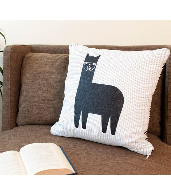 #DIY Throw Pillow | Alpaca Pillow made with the @Cricut® Explore | Supplies available at Joann.com or your local Jo-Ann Fabric and Craft Store #cricutexplore