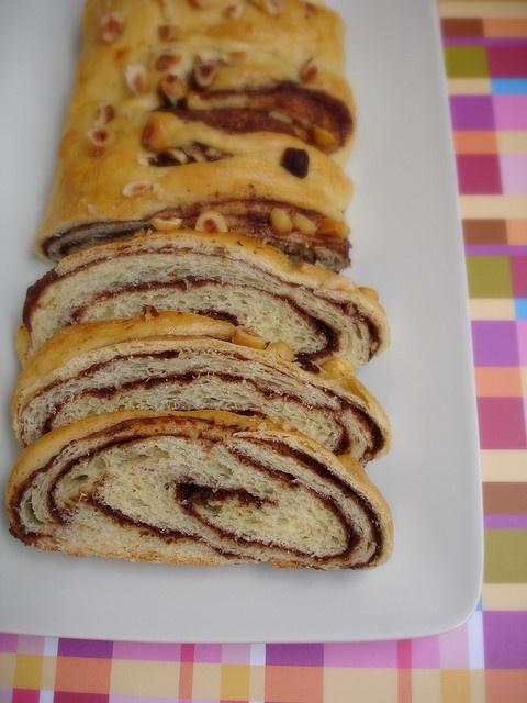 Danish chocolate-streusel-swirled coffee cake / Pão torcido com ...