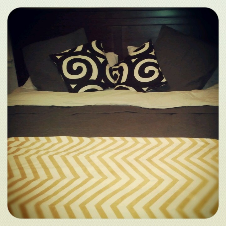 Ikea Aufbewahrung Aus Stoff ~ Our new adult bedding!! Gray and yellow bedding, ikea and homegoods!