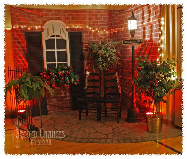 "Incredible ""Riverboat Cruise"" banquet decor shared by Second Chances by Susan at Knick of Time Tuesday.  KnickofTimeInteriors.blogspot.com"