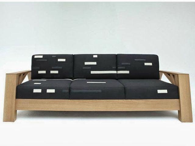 Sofá em madeira de 3 lugares