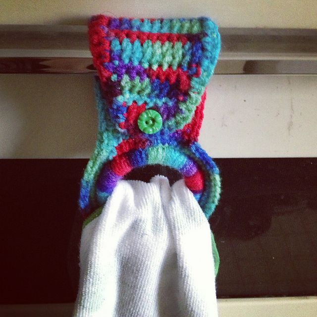 Crochet Patterns For Kitchen Towel Holders : Kitchen towel holder with pattern Craftys Pinterest