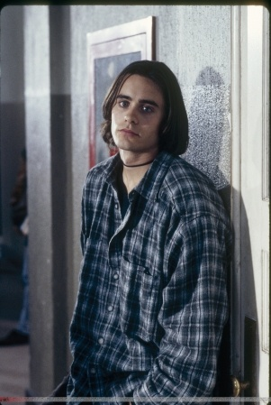 sigh. He leans well | Jared Leto | Pinterest