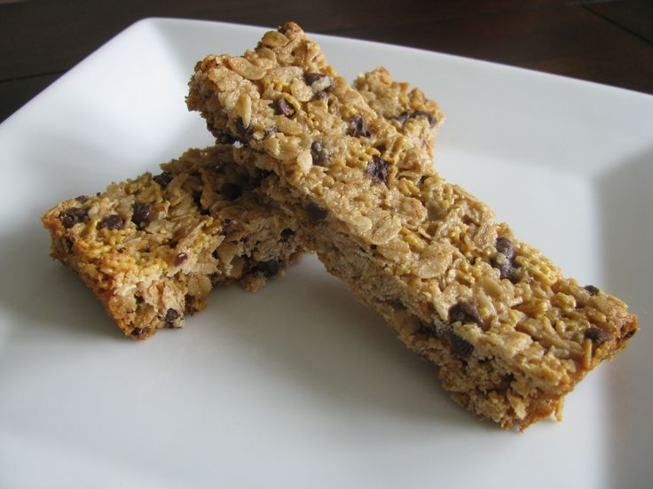 Chewy Chocolate Chip Granola Bars... boys loved the granola bars ...