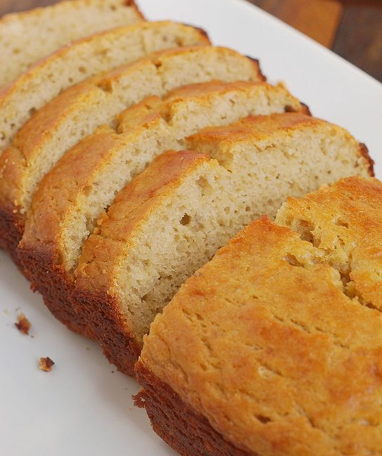 Banana Bread using greek yogurt - this looks really good! replace the ...