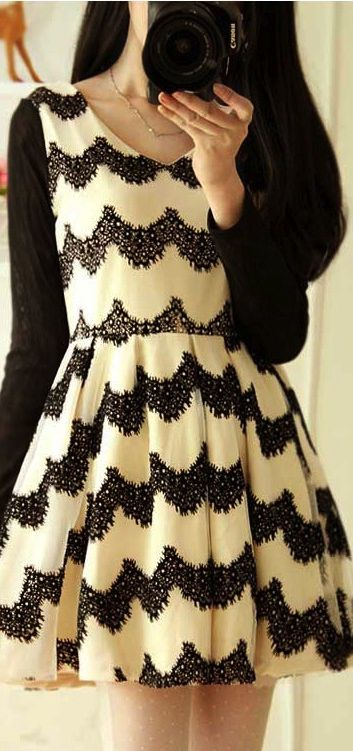 Lovely! Short black and white patterned dress