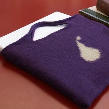 Free Knitting Pattern - Phone, Tablet & Laptop Covers: Pear Laptop Bag