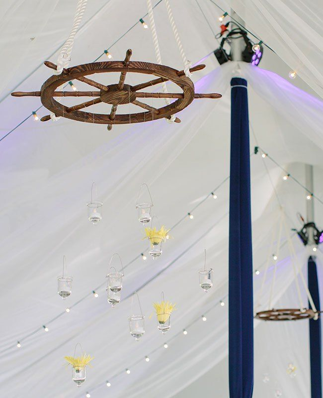 6 Rustic Wedding Decor Ideas Featuring Wheels